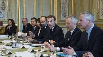 Френският премиер потвърди отмяната на повишението на данъците за горивата