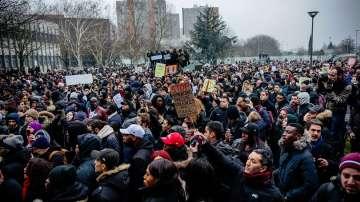 Сблъсъци по време на мирен протест във Франция