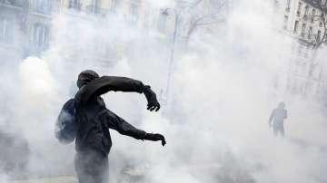 Стачки във Франция срещу икономическата реформа на президента Макрон