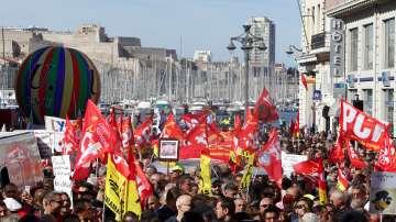 Черен четвъртък във Франция заради стачки в транспорта