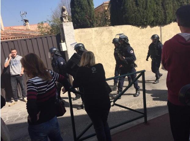 Стрелба във френско училище, има ранени