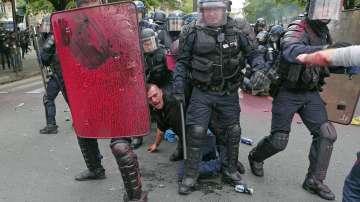 Сблъсъци в Париж по време на протеста срещу трудовата реформа