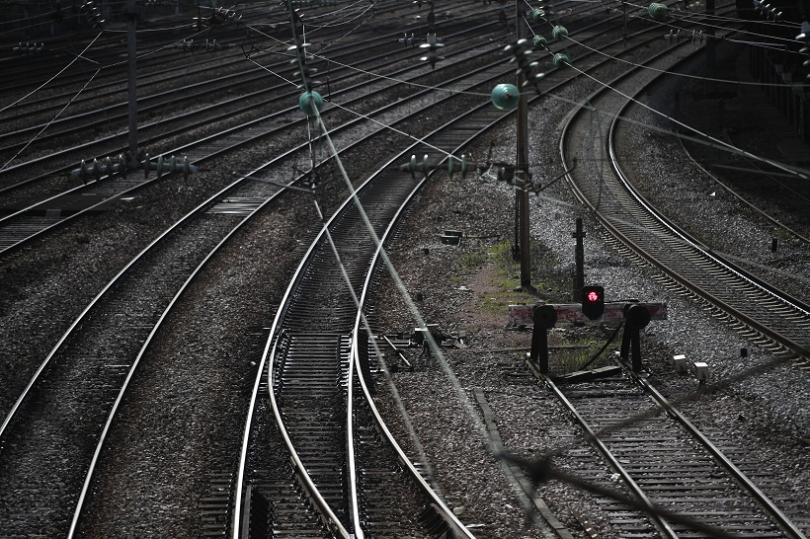 снимка 1 Започва модернизацията на железопътната линия София - Елин Пелин