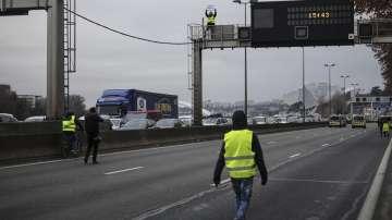 Близо 60% от пътните радари във Франция са разбити след началото на протестите