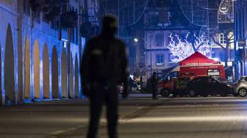 След нападението в Страсбург: Франция повишава степента на тревога