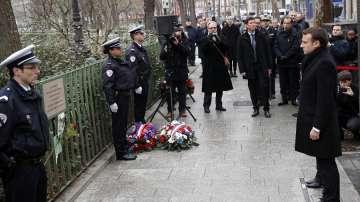 Франция почита паметта на жертвите от терористичните атаки през 2015 г.