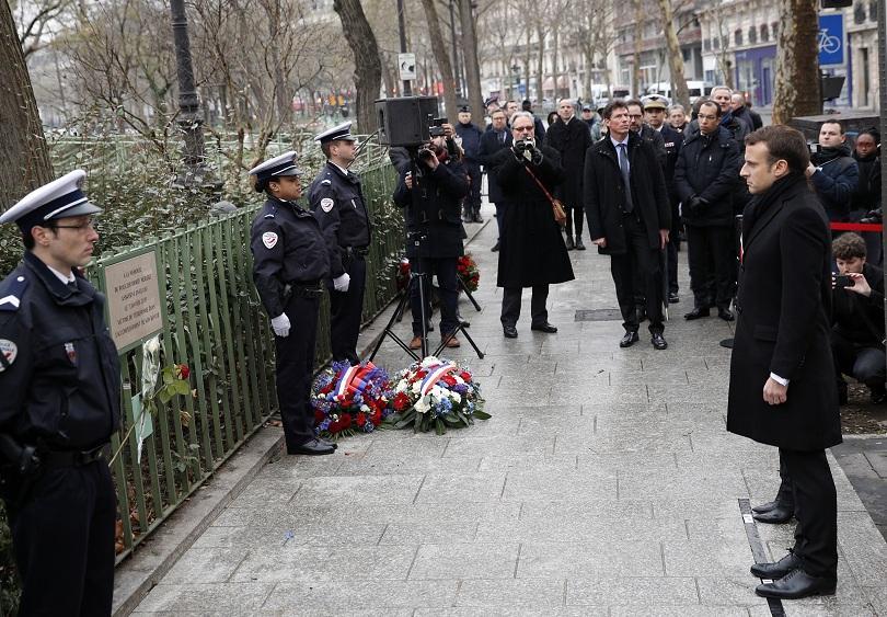 Франция почита паметта на 17-е жертви на терористичните атаки през