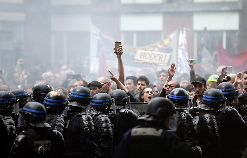 Франция е пред риска да осъмне с блокирани магистрали. Очакваните