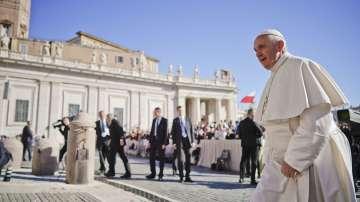 Папата призова за молитви за засегнатата от скандали Католическа църква