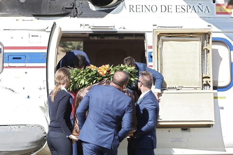 Останките на испанския диктатор Франсиско Франко бяха преместени от внушителен
