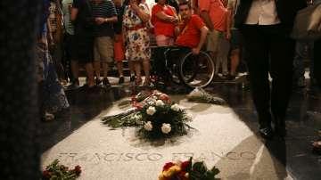 Испанското правителство нареди препогребването на Франсиско Франко