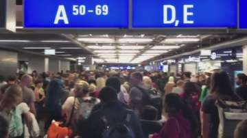 Отмениха частичната евакуация на летището във Франкфурт