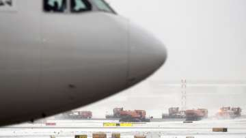 Стотици полети бяха отменени на летището във Франкфурт заради лошо време