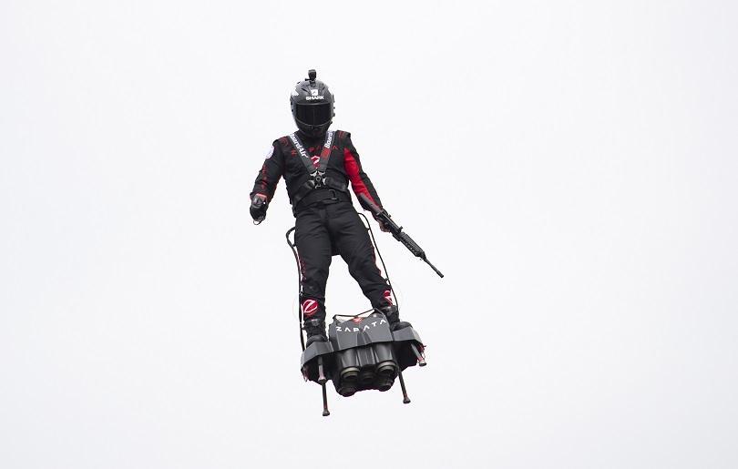 Франки Запата успя да прелети над Ламанша. 20-минутното пътуване на