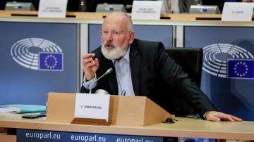 Тимерманс обеща да предложи закон за климата