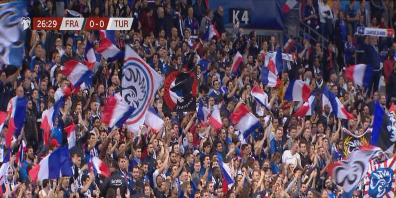 Снощният мач Франция-Турция в Париж премина без проблеми въпреки напрежението