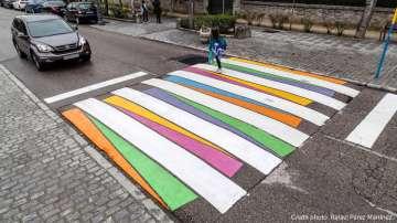 Български художник оживи пешеходните пътеки в Испания (СНИМКИ)