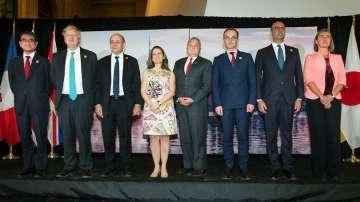 Г-7 обединени срещу Москва