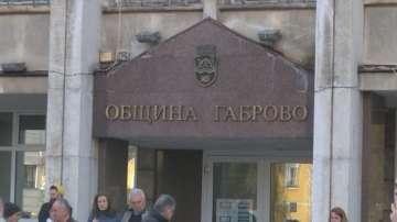 Габрово осъмна под полицейска охрана след снощния спонтанен протест