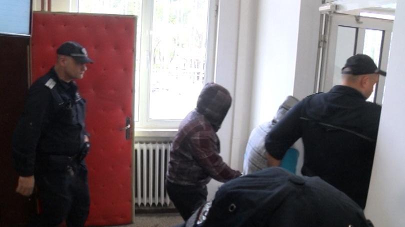 Снимка: Окончателно: Нападателите от Габрово остават в ареста