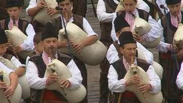 Гайдари от цяла България се надсвирват в Равногор