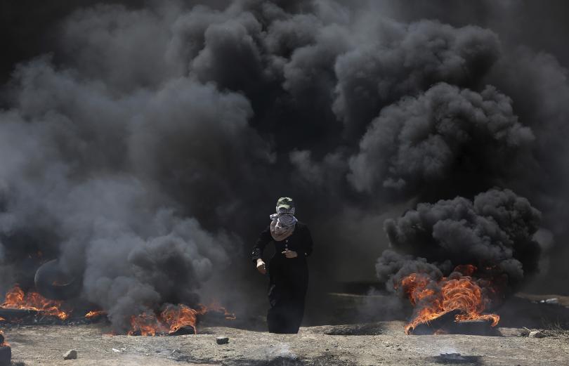 снимка 1 18 палестинци са загинали при сблъсъци в Газа