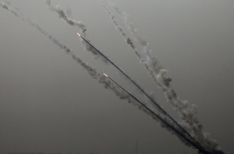 Снимка: Израелската армия нанасе удари по Ивицата Газа в отговор на ракетното нападение