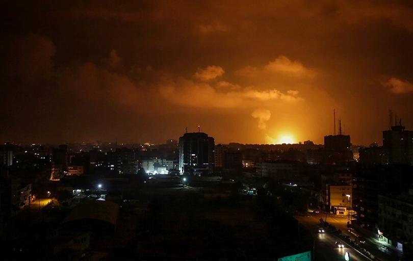 Напрегната нощ по ивицата Газа - израелската армия нанесе серия