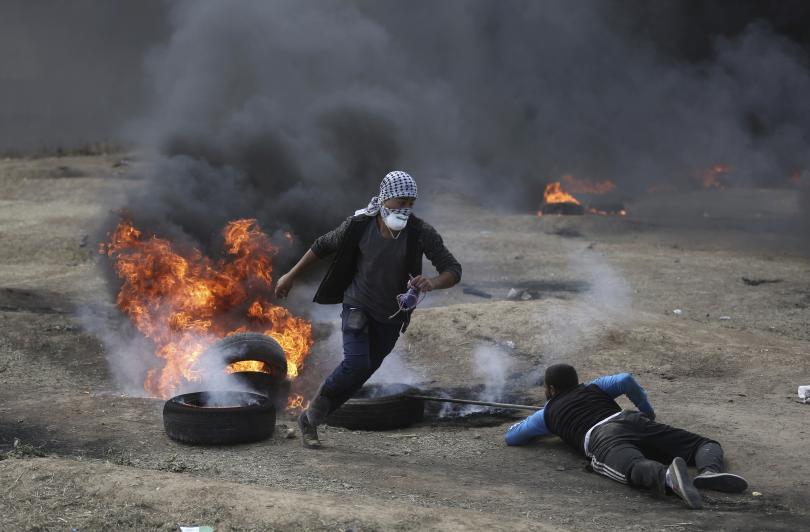 снимка 2 18 палестинци са загинали при сблъсъци в Газа