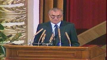 На 88 години почина генерал Виктор Шарапов