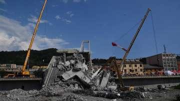 Приключи издирвателната операция под моста в Генуа - официално жертвите са 43