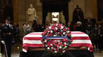 Почит към президента Джордж Буш - старши