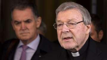Кардинал Пел се върна в Австралия за изслушването си пред съда