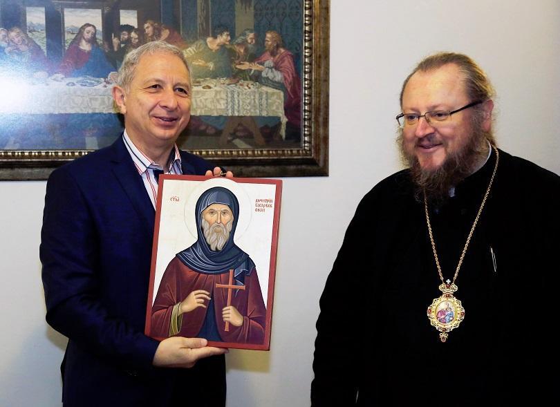 премиерът огнян герджиков посети басарбовския скален манастир снимки