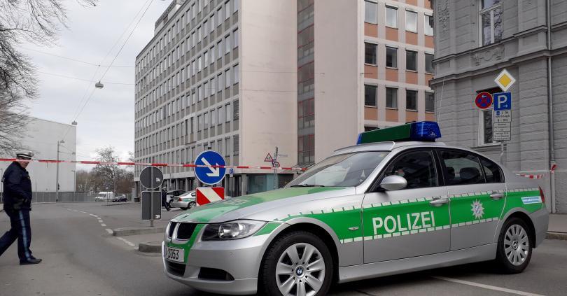 евакуирани кметства германия поради бомбени заплахи