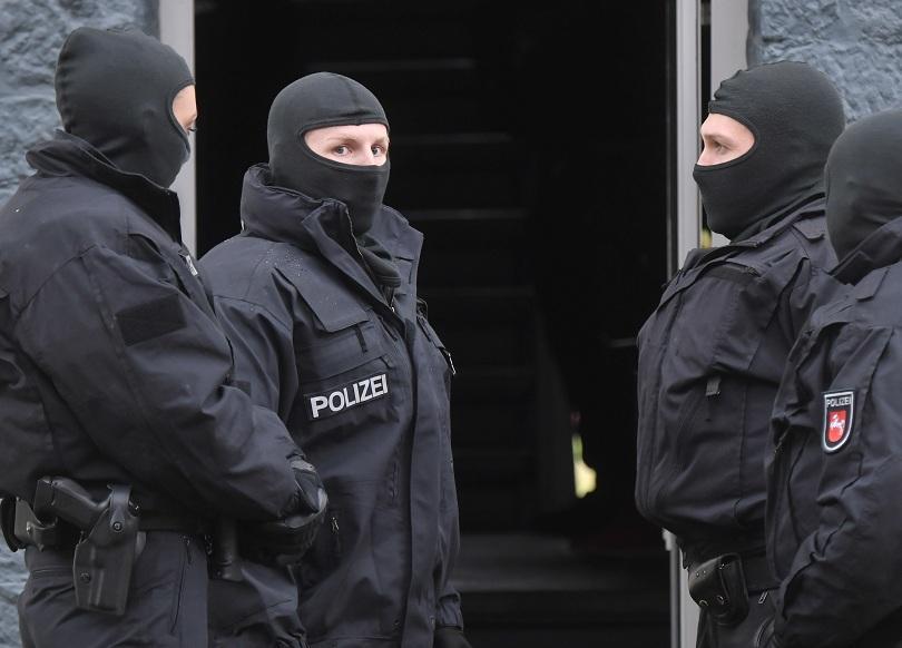 Петима заподозрени членове на Ислямска държава са арестувани в Германия
