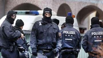 Полицията затвори търговски център в Германия заради терористична заплаха