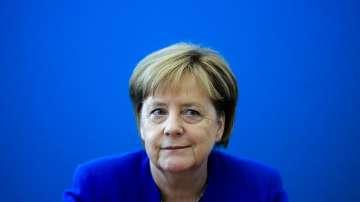 Отложиха преговорите между Меркел и Зеехофер за тази вечер