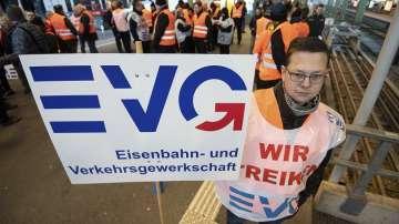 Deutsche Bahn и синдикатите в Германия постигнаха споразумение след стачката