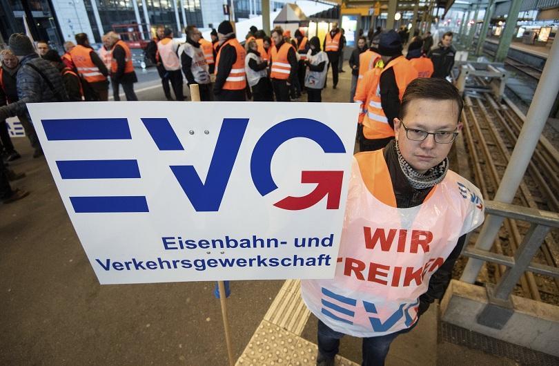 Германската железопътна компания Deutsche Bahn и профсъюза на служителите от