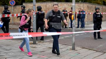 Двама убити при стрелба до синагога в германския град Хале