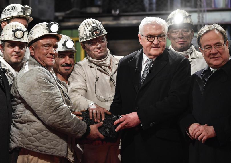 """""""Това е повече от парче въглен, това е история"""", каза германският президент Франк-Валтер Щайнмаейр"""