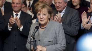 Меркел няма да подаде оставка заради провала за съставяне на кабинет
