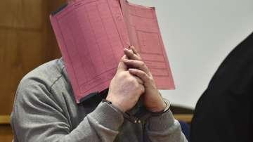 Медик беше обвинен за извършването на 84 убийства в Германия