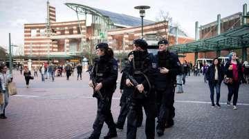 Полицията е предотвратила терористично нападение в мол в германския град Есен