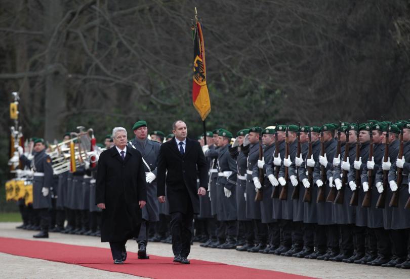 снимка 2 Румен Радев напомни в Германия, че трябва да станем част от Шенген