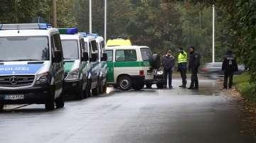 Германската полиция щурмува жилищна сграда заради сигнал за бомбена атака