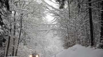 Обилни снеговалежи и рекордно ниски температури в Европа