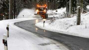 Германия се готви за зимна буря, лошо време и в други части на Европа