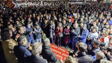 Хиляди почетоха жертвите на терористичния акт в Ханау